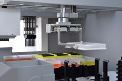 Robotic Gripper Arm for versatile tube or plate handling